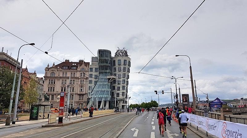 Tanssiva talo Prahassa