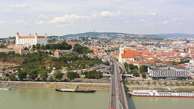 Bratislavan kaupunki Ufo -näköalatornista