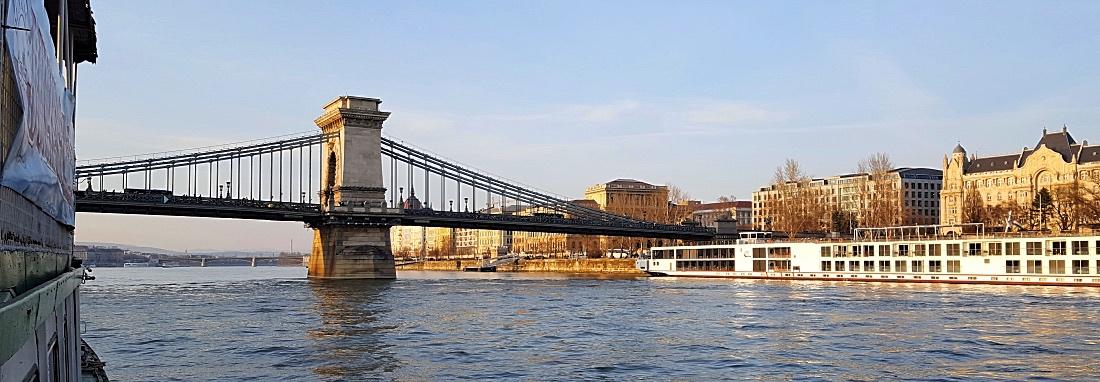 Budapestissä Tonavan jokiristeilyllä