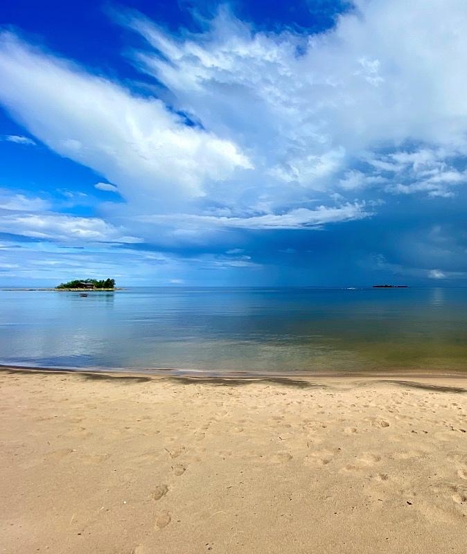 Vattajan rannalla
