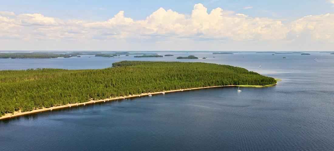 Päihäniemen heikkaranta Taipalsaaressa Saimaalla