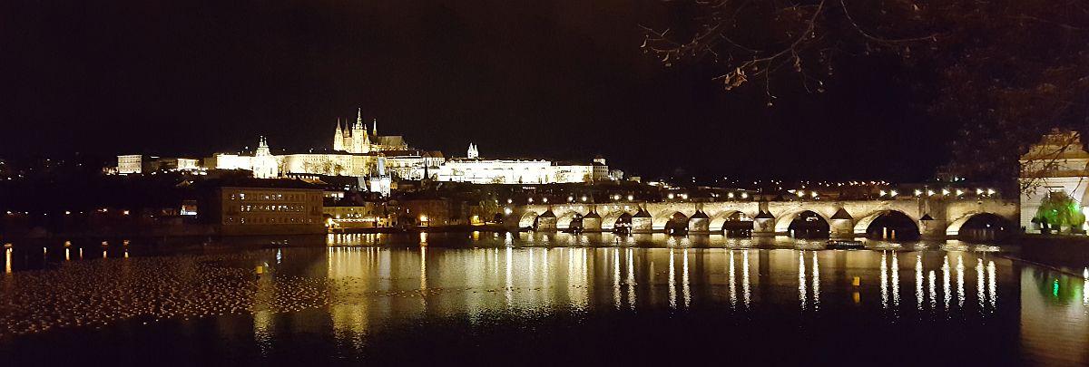 Kaarlensilta Prahassa