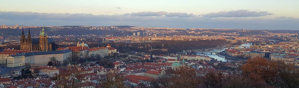 Praha Petrinin kukkulalta