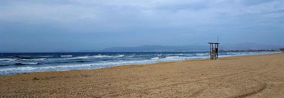 Autiot rannat talvella Mallorcalla