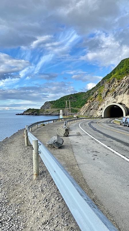 Tunneli Lofooteilla