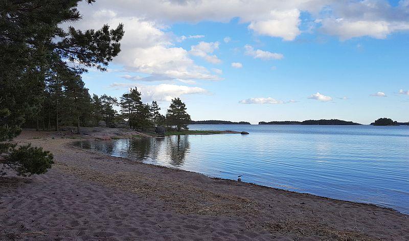 Hiekkaranta Störsvikissä