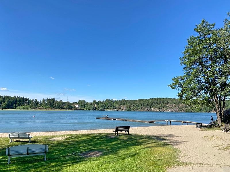 Uimaranta Solliden leirintäalueella